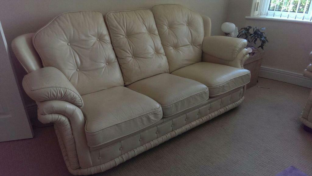 Cream leather 3 piece suite in north shields tyne and for Sofa bed 3 piece suite