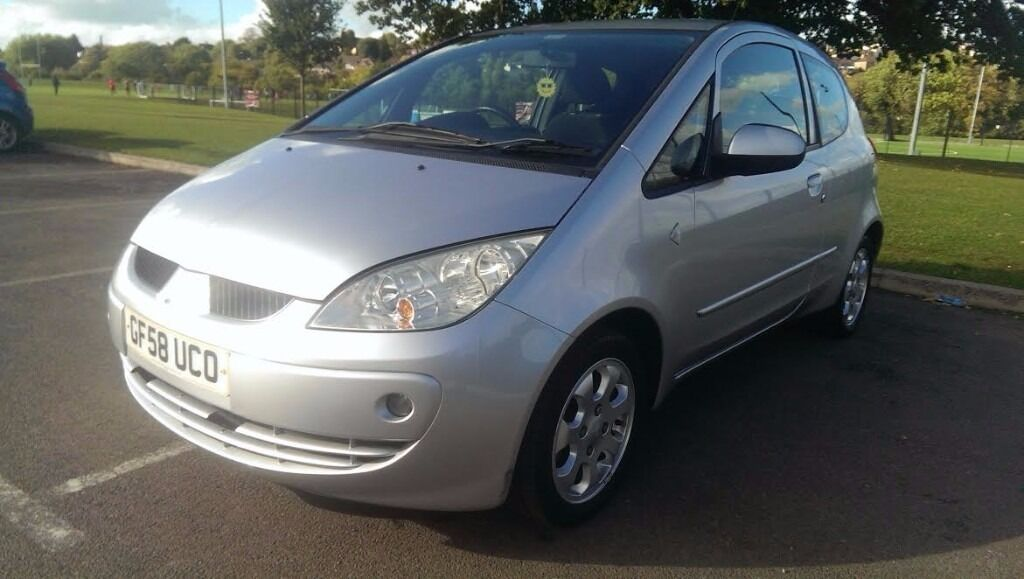 2009 Mitsubishi Colt CZ2, 1.3, silver, very low miles 22k, FSH, very nice drive