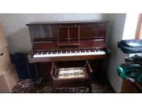 Boyds of London Piano with Stool