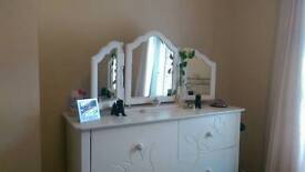 Large Mirror & White Curtains & Blinds