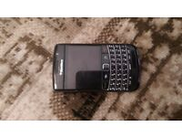 Blackberry bold 9700 unlocked black looks new