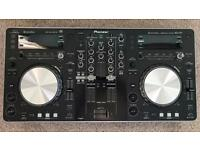 PIONEER XDJ-R1 - All-In-One DJ Unit, with SONY MDR-V55 Headphones