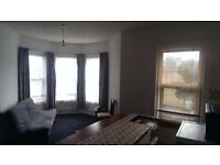 Very large Bedsit, flat, room to rent let, own kitchen, high ceilings, south facing