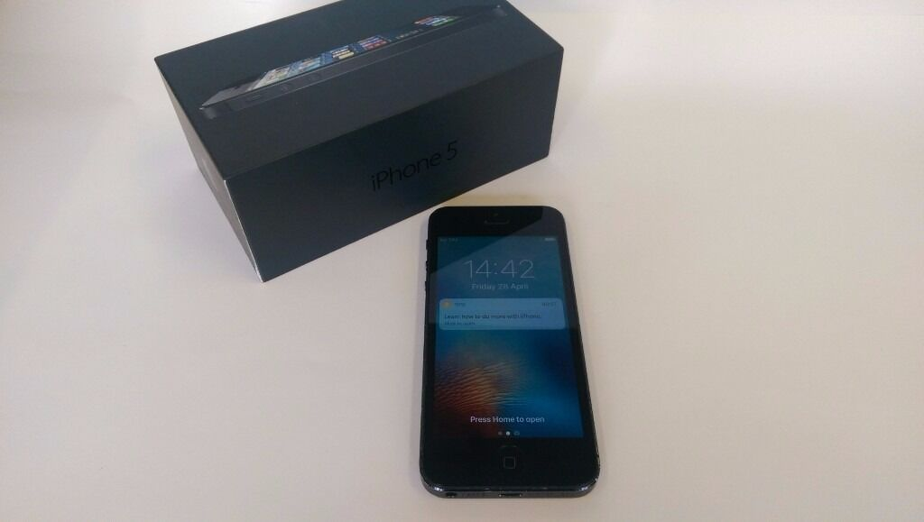 Good Condition Boxed Apple iPhone 5 16GB UNLOCKED Space Grey Black Cheap Smartphone Mobile Phonein Shepherds Bush, LondonGumtree - Apple iPhone 5 16GB Space Grey Black Smartphone Comes in original box UNLOCKED TO ANY NETWORK Used but still good condition phone with some usual signs of wear. Got some marks and scratches on the sides and around the edges. Some slight scratches on...