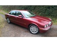 STUNNING 2004/04 JAGUAR XJ8 4.2 V8 SE AUTO METALLIC RADIANCE RED FSH 12 STAMPS