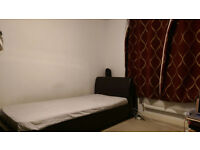 bedroom to share in a 3 bedroom house. £400pm. all bills inclusive . free skytv.,free wifi.