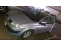 AM SELLING MY Renault MEGANE