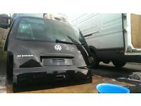 VW T5 T5.1 TRANSPORTER MULTIVAN CARAVELLE GENUINE TAILGATE WITH GLASS BLACK IDEAL FOR CONVERSION