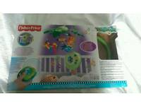 Fisher Price Rainforest Peek-a-boo Leaves Musical Cat Mobile