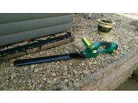 18v Cordless Hedge Trimmer