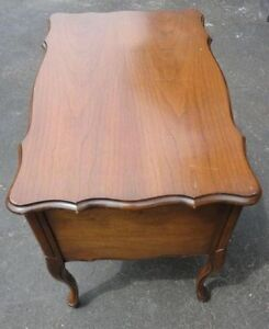 Vintage solid wooden queen anne legs side table with drawer London Ontario image 8