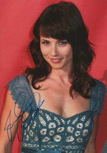 Linda Cardellini Autogramm signed 20x30 cm Bild