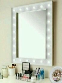 New In Box Large Hollywood 24 LED Bulb Mirror Vanity Wall 60x80x6cm