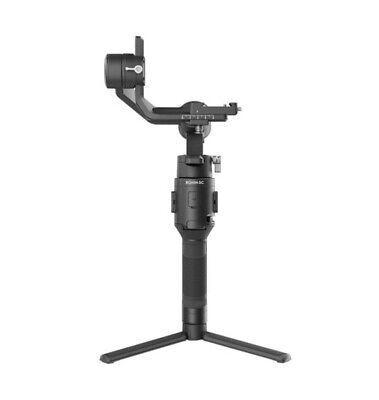 DJI Ronin-SC - stabilizzatore a una mano per fotocamere mirrorless e compatte.