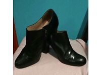 Clarks black ankle boots UK 6