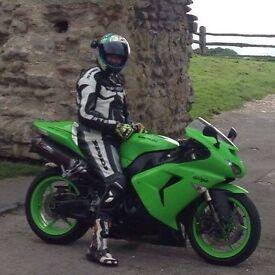 Kawasaki Ninja 1000 , 2007 , New MOT , 2 New tyres , GREEN , 2 Keys , logbookand paperwork