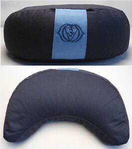 coussin de m ditation demi lune zafu yoga bleu fonc cosse de sarrasin ebay. Black Bedroom Furniture Sets. Home Design Ideas