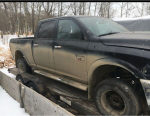 2011 dodge 3500, 160,000KM parts or 7500$$