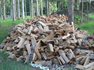 Firewood for sale - 8ft logs or cut and split