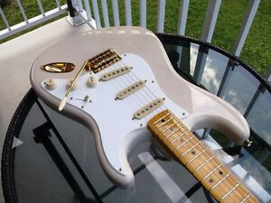 fender stratocaster classic vibe 50s limited edition white blond