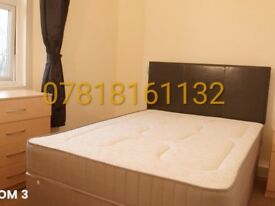 Double room in a peaceful quiet area available now in Gants hill