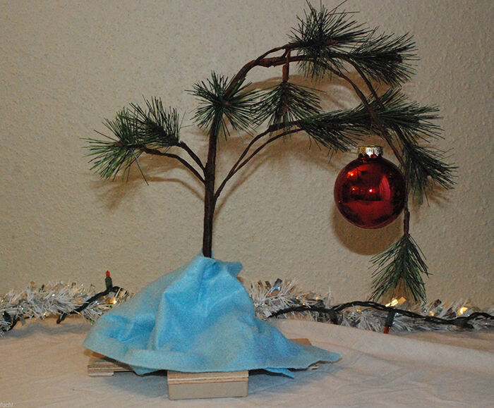 DIY: Charlie Brown Christmas Tree