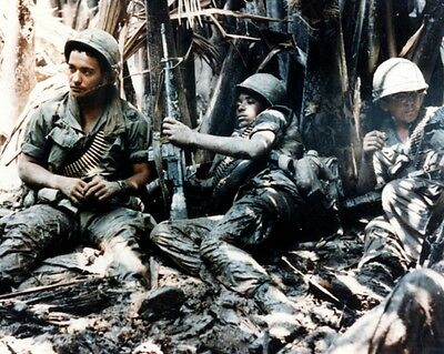 "U.S. Army Troops Soldiers taking a break 8""x 10"" Vietnam War Photo Picture 246"