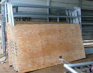 Plywood 3/4 - 1/2 a vendre
