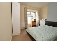 2 Bedroom Terraced House Off Newland Avenue - for long term rent. £450pcm