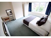 BEAUTIFUL DOUBLE ROOM FOR ONLY 140p/w! Hurry!