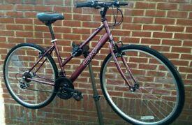 """Lady's Hybrid Bike 28"""" Wheels CX.10"""