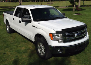 2014 Ford F-150 SuperCrew XLT Pickup Truck