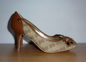 Guess High Heel in Brown and Beige with Monogram – Like New