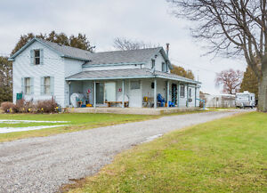 Open Sun Jan 8 / Affordable Country Home With Potential $159,900