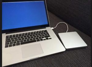 M1NT 15 MacBook Pro RETINA QUAD i7 16gb 512GBSSD USBDrive LOADED