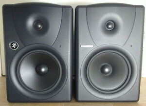 Mackie MR8 - Active - Like New ! DEAL! Hurry Up! Pro Audio !