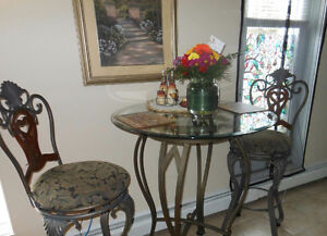 Beautiful Bistro Table and Bar chairs
