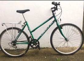 "Laguna unisex mountain hybrid bike. 18"" frame. 26"" wheels. Working"