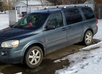 2005 Saturn Relay 3 Minivan for Trade