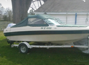 17' Bowrider with trailer and tops - Ready for the Water!