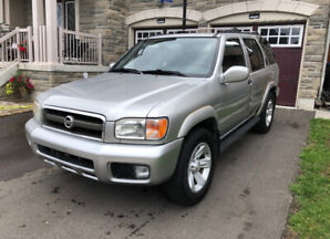 2003 Nissan Pathfinder LE For Sale