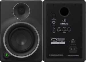PAIR OF MACKIE MR5mk3 MONITORS WITH AURALEX PADS Cambridge Kitchener Area image 2