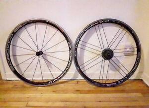 Campagnolo Scirocco 35mm road bike wheelset clincher