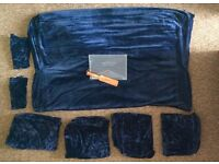 Lots of thick navy blue velvet material