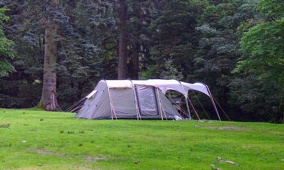 Outwell deluxe Minnesota 4 2m high family tent (4 berth + dinning room & Outwell deluxe Minnesota 4 2m high family tent (4 berth + ...