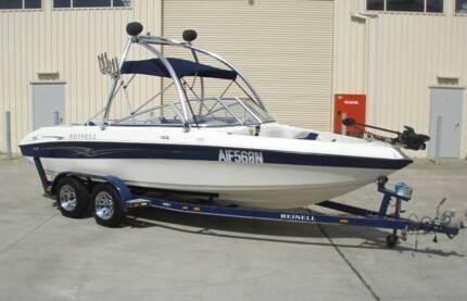 REINELL 204 'Fish & Ski' BOWRIDER V8