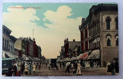 POSTCARD MICHIGAN AVENUE STORE FRONTS BUSINESS BIG RAPIDS MICHIGAN (Michigan Avenue Stores)