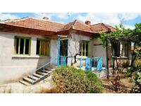 Small Villa & 70sqm Stables for sale in Radovets,South Central Bulgaria