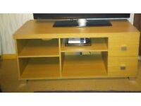 TV UNIT OAK COLOUR VGC CONTEMPORARY DESIGN 2 DRAWS 2 MOVABLE SHELVES SQUARE CHROME EFFECT FEET