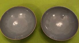 Denby dishes suitable for serving at table